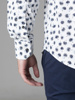 Picture of Men's cottonwhite shirt cutaway slim, with all over floral print