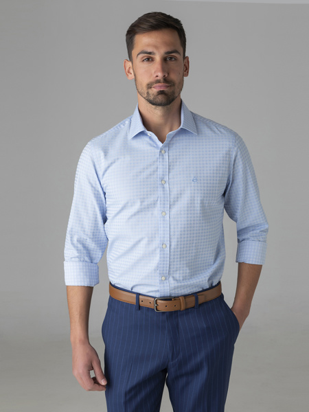 Picture of Cotton shirt with semi cutaway collar