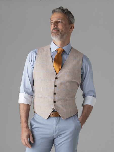 Picture of Pie de poule vest with back fastening