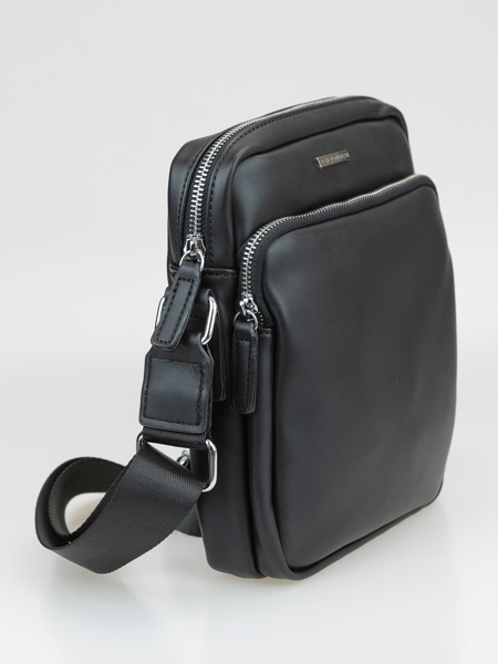 Picture of Unisex cross over sling bag with zip opening