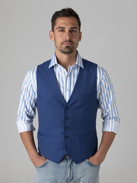 Picture of Wool mix vest with back fastening