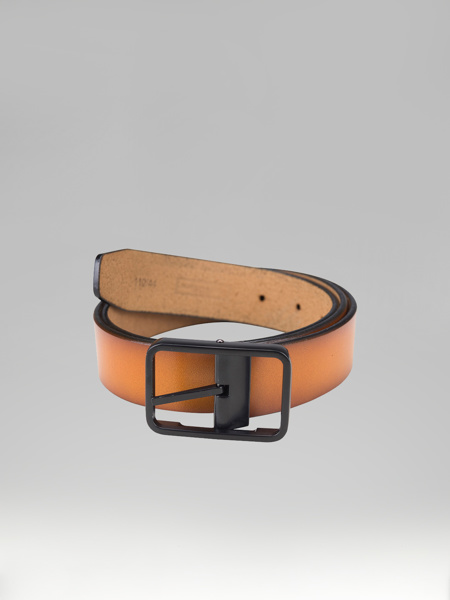 Picture of LIGHT BROWN LEATHER BELT