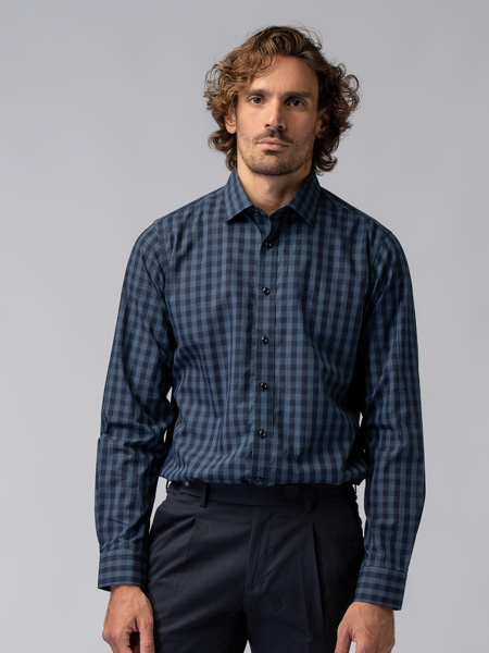 Picture of Men's check shirt